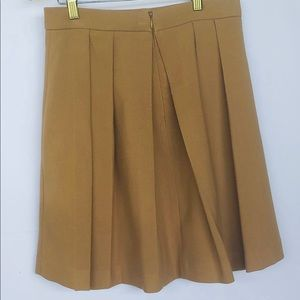 Forever 21 essential pleated skirt